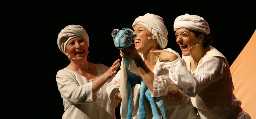 Contando Jorobas - Buho Teatro